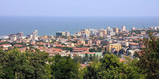 640px-Pesaro_panorama